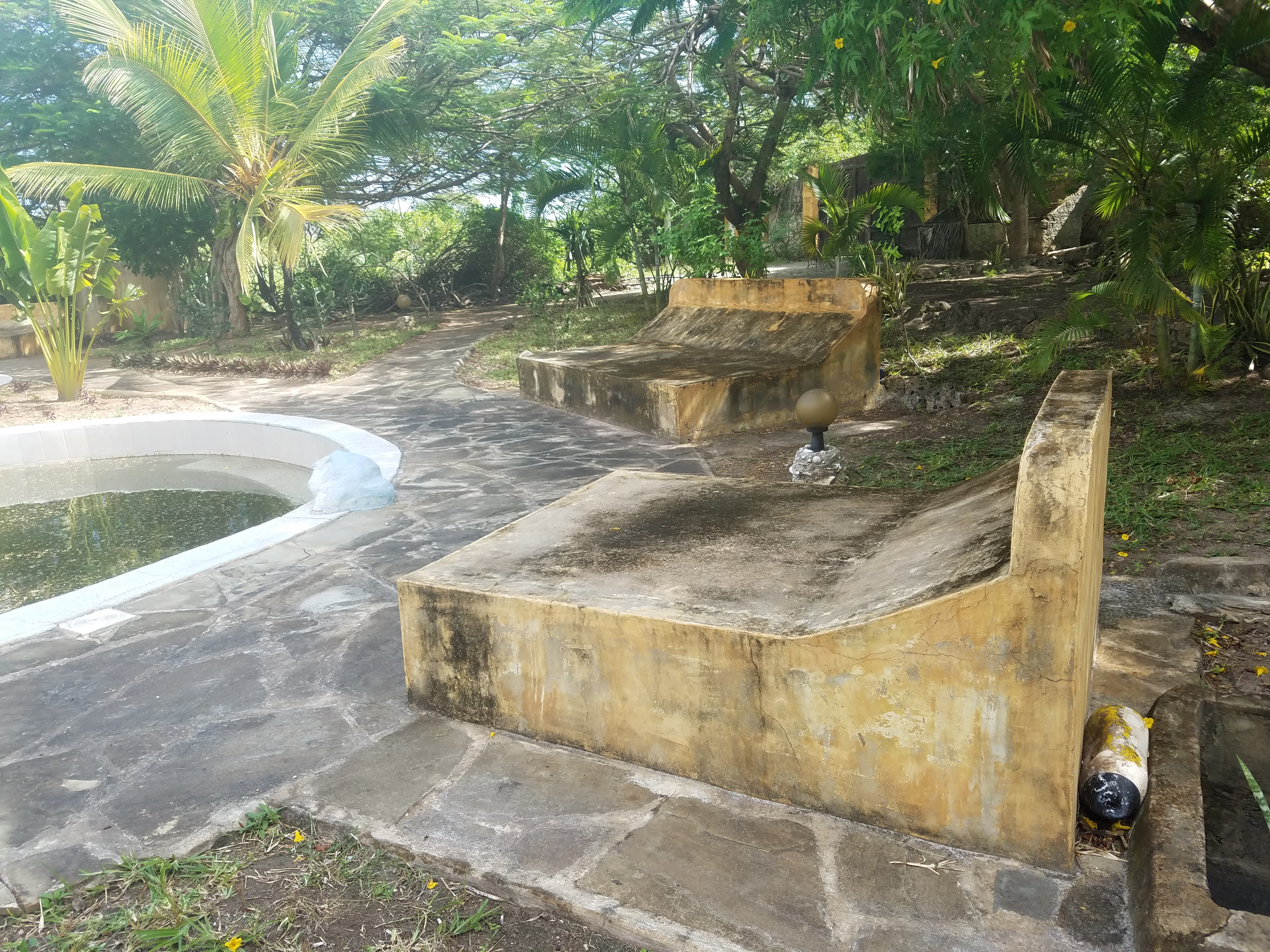 Oceanfront property for sale in Galu Beach