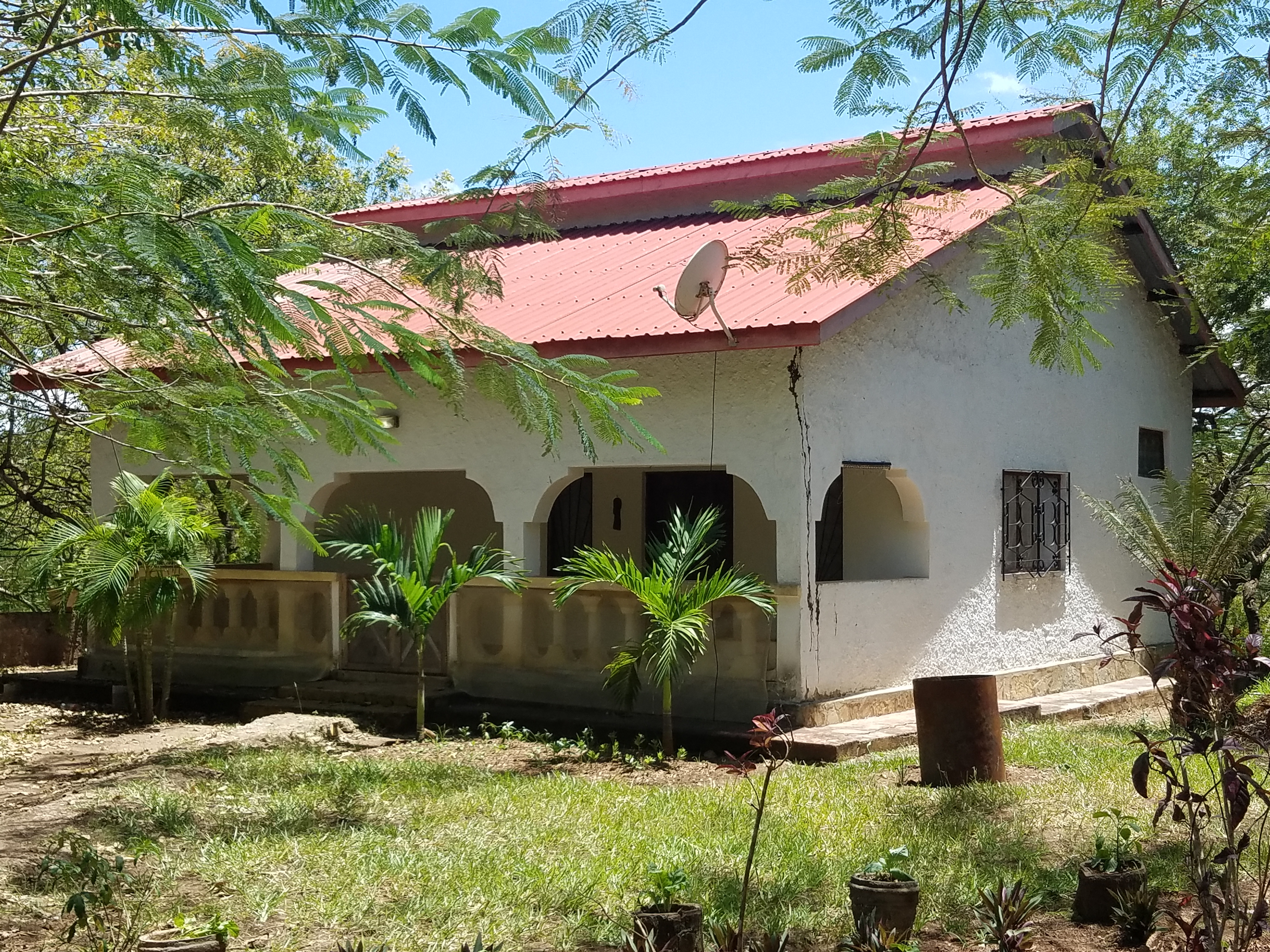 2 Houses for sale in Diani Beach